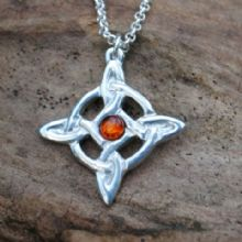 Celtic gem pendant necklace P81